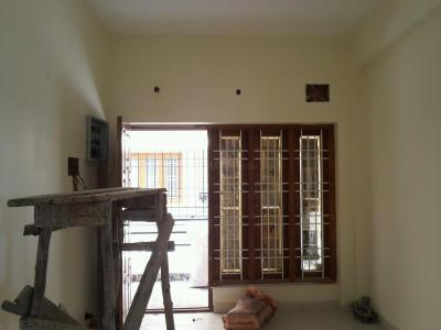 Gallery Cover Image of 820 Sq.ft 2 BHK Apartment for buy in Guduvancheri for 3034000
