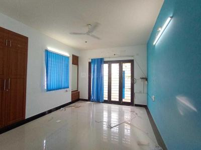 Gallery Cover Image of 1550 Sq.ft 3 BHK Apartment for rent in Velachery for 28000