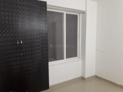 Gallery Cover Image of 1500 Sq.ft 3 BHK Apartment for rent in Noida Extension for 9500
