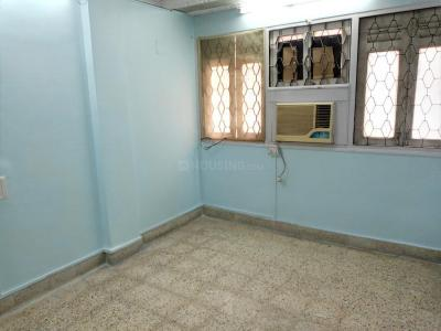 Gallery Cover Image of 620 Sq.ft 1 BHK Apartment for rent in Malad West for 24000