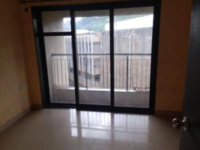 Gallery Cover Image of 1050 Sq.ft 2 BHK Apartment for rent in Kalyan East for 14500
