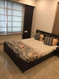 Gallery Cover Image of 750 Sq.ft 2 BHK Apartment for rent in Govandi for 56000
