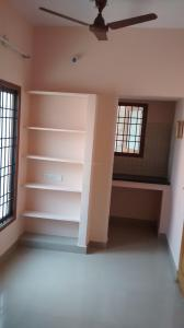 Gallery Cover Image of 310 Sq.ft 1 RK Apartment for rent in MOHANA FLATS, West Mambalam for 8000