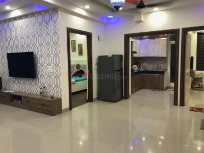 Gallery Cover Image of 1100 Sq.ft 2 BHK Apartment for rent in Aims Golf Avenue 2, Sector 75 for 16000