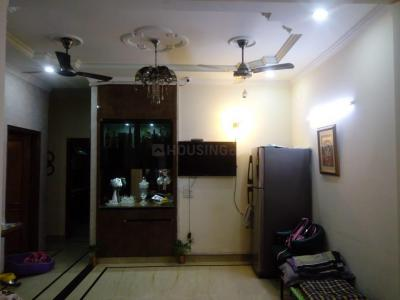 Gallery Cover Image of 1600 Sq.ft 3 BHK Independent Floor for rent in Kirti Nagar for 35000
