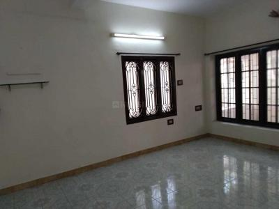 Gallery Cover Image of 1300 Sq.ft 3 BHK Independent House for rent in Mogappair for 33800