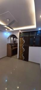 Gallery Cover Image of 400 Sq.ft 1 RK Independent Floor for buy in Govindpuri for 700000