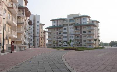 Gallery Cover Image of 1947 Sq.ft 4 BHK Apartment for buy in Mahindra World City for 7900000