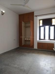 Gallery Cover Image of 950 Sq.ft 2 BHK Apartment for buy in Jasola for 13000000
