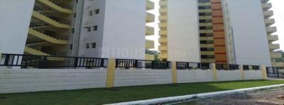 Gallery Cover Image of 300 Sq.ft Studio Apartment for buy in TATA Housing Primanti, Sector 72 for 1300000