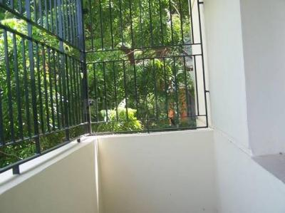 Gallery Cover Image of 1190 Sq.ft 3 BHK Apartment for rent in Anna Nagar for 27000