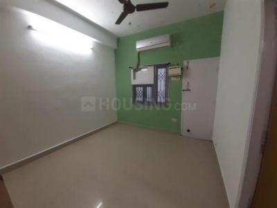 Gallery Cover Image of 900 Sq.ft 2 BHK Apartment for rent in Adyar for 23000
