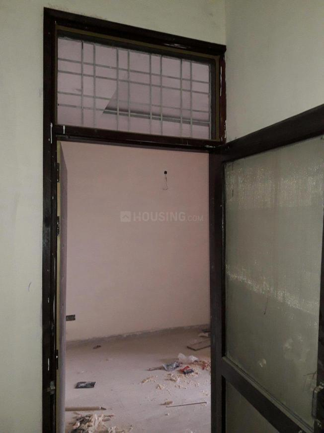 Main Entrance Image of 700 Sq.ft 2 BHK Apartment for buy in Patel Nagar for 3400000