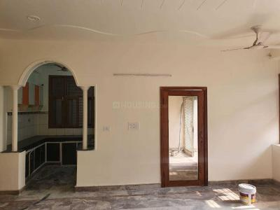 Gallery Cover Image of 1000 Sq.ft 2 BHK Independent House for rent in Sector 33 for 18000