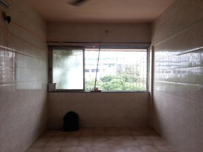 Gallery Cover Image of 340 Sq.ft 1 RK Apartment for rent in Malad East for 14000