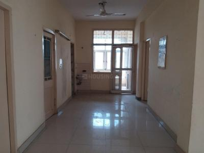 Gallery Cover Image of 950 Sq.ft 2 BHK Apartment for rent in Patparganj for 17000