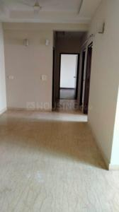 Gallery Cover Image of 1550 Sq.ft 3 BHK Apartment for rent in Mahagun Moderne, Sector 78 for 25000
