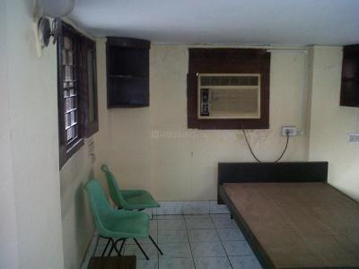 Gallery Cover Image of 300 Sq.ft 1 RK Independent Floor for rent in Phool Bagan for 11500