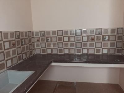 Gallery Cover Image of 1000 Sq.ft 2 BHK Apartment for rent in Nanmangalam for 15000