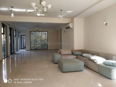 Gallery Cover Image of 5600 Sq.ft 4 BHK Villa for buy in Whitefield for 44000000