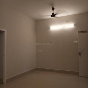 Gallery Cover Image of 750 Sq.ft 2 BHK Apartment for buy in Nungambakkam for 8500000