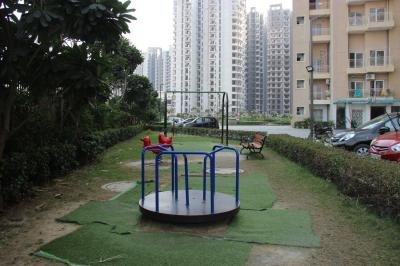Gallery Cover Image of 1240 Sq.ft 2 BHK Apartment for buy in Noida Extension for 4482000
