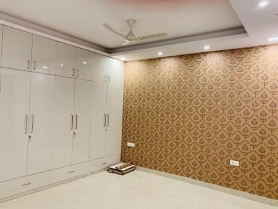 Gallery Cover Image of 2700 Sq.ft 3 BHK Independent Floor for rent in DLF Phase 2 for 35000