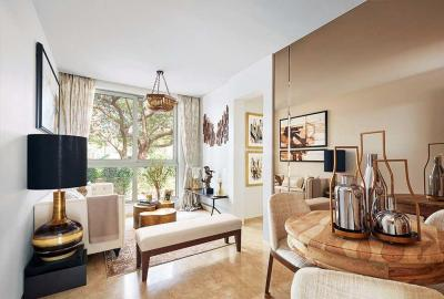 Gallery Cover Image of 650 Sq.ft 1 BHK Apartment for buy in Powai for 12600000
