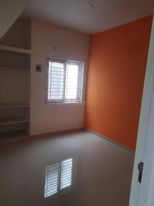 Gallery Cover Image of 825 Sq.ft 2 BHK Apartment for buy in Chromepet for 4500000