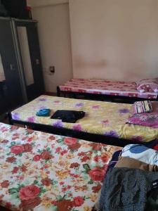 Bedroom Image of Rahul Hostel in Mulund West