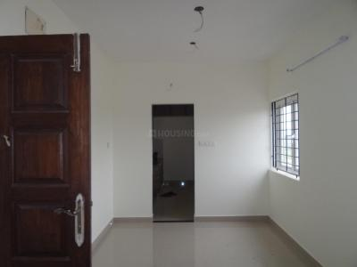 Gallery Cover Image of 512 Sq.ft 1 BHK Apartment for rent in Kanathur Reddikuppam for 10000