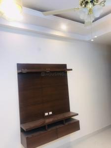 Gallery Cover Image of 630 Sq.ft 2 BHK Independent Floor for rent in DLF Ankur Vihar for 10000