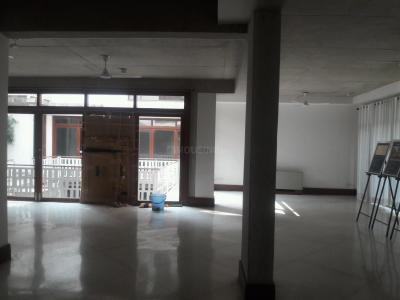Gallery Cover Image of 20000 Sq.ft 5+ BHK Independent House for buy in DLF Phase 1 for 200000000