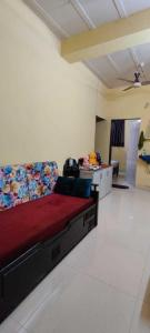 Gallery Cover Image of 500 Sq.ft 1 BHK Independent House for rent in Khar Danda for 24000
