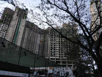 Gallery Cover Image of 1055 Sq.ft 2 BHK Apartment for buy in Goregaon West for 25700000