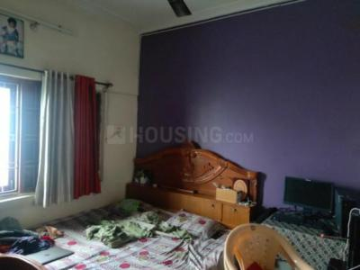 Bedroom Image of 1100 Sq.ft 2 BHK Apartment for buy in Madan Mahal for 4500000