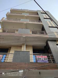Gallery Cover Image of 1200 Sq.ft 3 BHK Independent Floor for buy in Sector 11 for 6000000