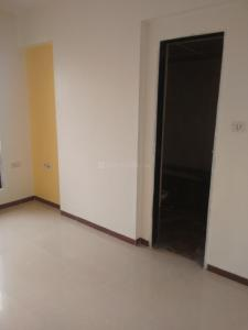 Gallery Cover Image of 1300 Sq.ft 3 BHK Apartment for rent in RNA Symphony, Kandivali West for 42000