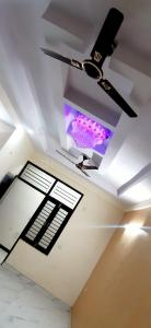 Gallery Cover Image of 580 Sq.ft 1 BHK Apartment for buy in Shree Balaji Homes, Noida Extension for 1440000