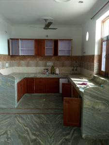 Gallery Cover Image of 1800 Sq.ft 2 BHK Independent Floor for rent in Sector 17 for 15000