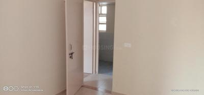 Gallery Cover Image of 900 Sq.ft 3 BHK Apartment for rent in Sector 82 for 7500