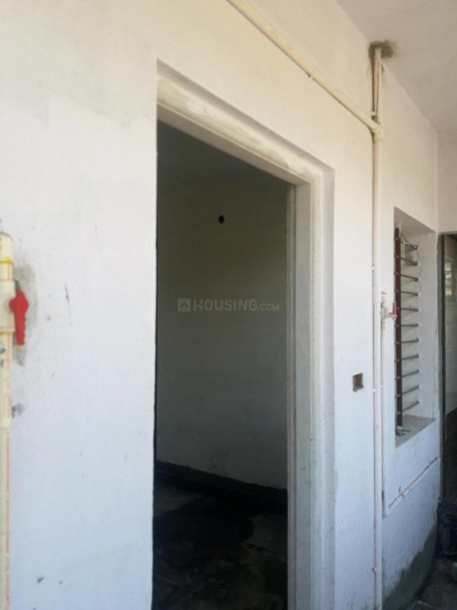 Main Entrance Image of 600 Sq.ft 1 BHK Apartment for rent in HMT Housing Colony for 6000