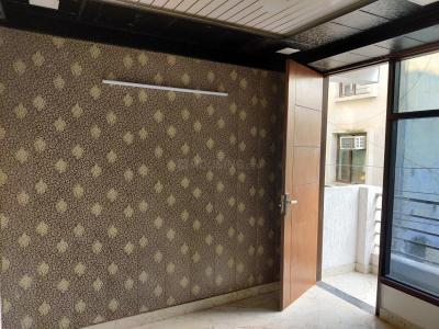 Gallery Cover Image of 600 Sq.ft 1 BHK Independent Floor for rent in Chhattarpur for 12000