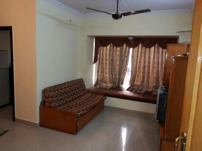 Gallery Cover Image of 605 Sq.ft 1 BHK Apartment for rent in Borivali East for 24500
