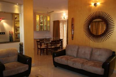 Gallery Cover Image of 1600 Sq.ft 3 BHK Apartment for rent in Nandambakkam for 45000
