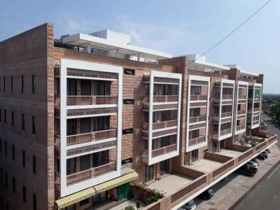Gallery Cover Image of 1100 Sq.ft 2 BHK Apartment for buy in Essgee Umaid Heritage, Cantt Area for 6400000