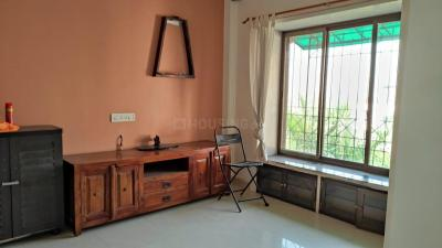 Gallery Cover Image of 700 Sq.ft 2 BHK Apartment for rent in Dosti Estates, Wadala for 38000