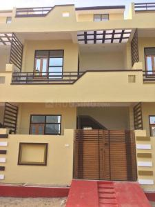 Gallery Cover Image of 1756 Sq.ft 3 BHK Independent House for buy in Jankipuram Extension for 4000000