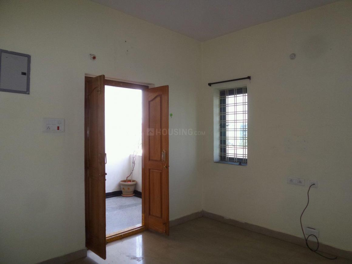 Living Room Image of 1050 Sq.ft 2 BHK Apartment for rent in Kothapet for 11000