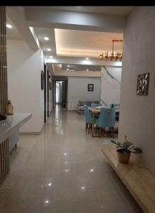 Gallery Cover Image of 3205 Sq.ft 4 BHK Apartment for buy in Laureate Parx Laureate, Sector 108 for 19200000